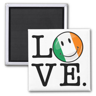 Amor de la bandera sonriente de Irlanda Imán Cuadrado