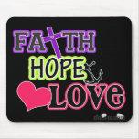 Amor de la esperanza de la fe (negro) mousepad