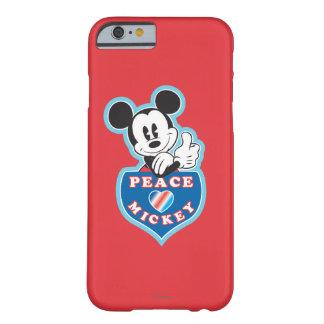 Amor de la paz de Mickey el   del día de fiesta Funda De iPhone 6 Barely There
