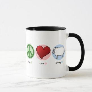 Amor de la paz que reúne la taza