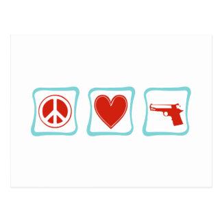 Amor de la paz y cuadrados de los armas tarjeta postal