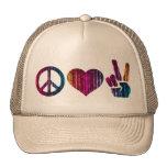 Amor de la paz y gorra del camionero de la paz
