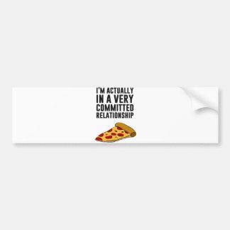 Amor de la pizza de salchichones - una relación se etiqueta de parachoque