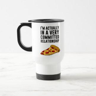 Amor de la pizza de salchichones - una relación taza de viaje