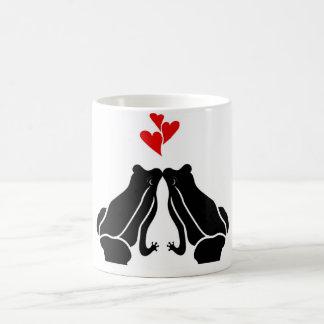 Amor de la rana taza básica blanca