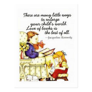 Amor de libros tarjeta postal