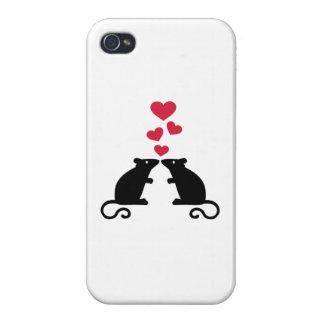 Amor de los corazones del ratón de los ratones iPhone 4 cárcasas