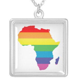 amor del arco iris collar plateado
