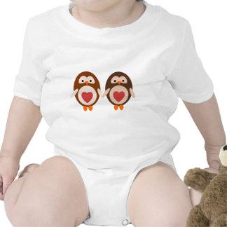 Amor del búho camisetas