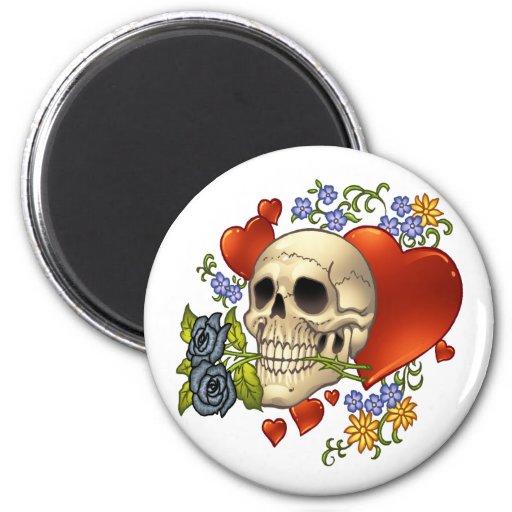Amor del cráneo - cráneos, rosas y corazones por e iman para frigorífico