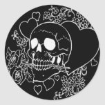 Amor del cráneo - cráneos, rosas y corazones por etiquetas redondas