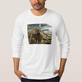 Amor del elefante camisas