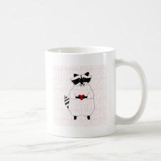 Amor del mapache taza básica blanca