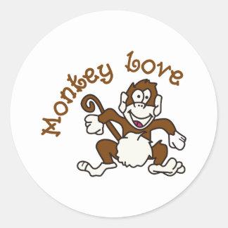 Amor del mono pegatina redonda