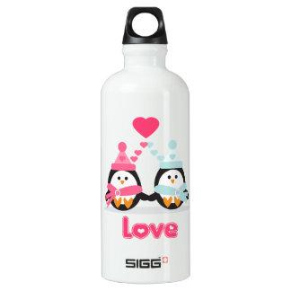 Amor del pingüino de Kawaii Botella De Agua