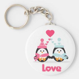 Amor del pingüino llavero redondo tipo pin