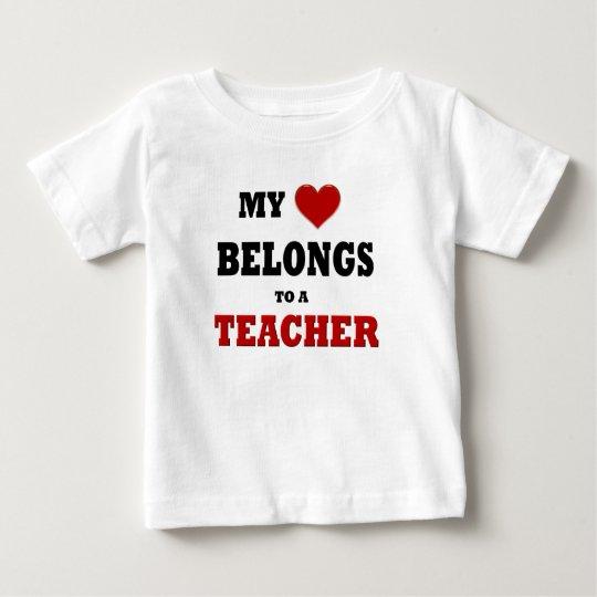 Amor del profesor playera de bebé