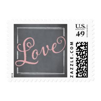 Amor del rosa de la escritura de la pizarra timbre postal