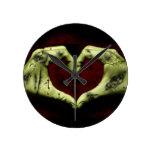 amor del zombi reloj de pared
