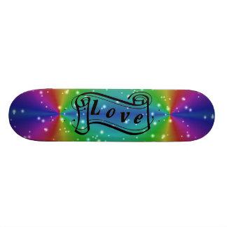 Amor en arcos iris con pequeñas estrellas tabla de skate