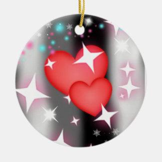 Amor en el cielo adorno navideño redondo de cerámica
