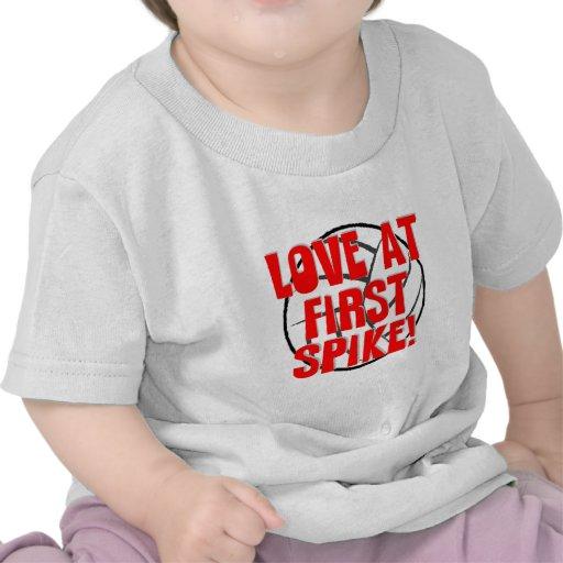 ¡Amor en el primer punto! Camisetas