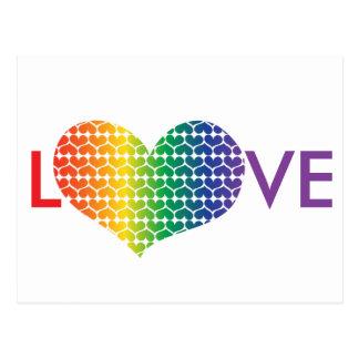 AMOR en forma de corazón en colores del arco iris Tarjeta Postal