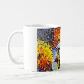 Amor en la taza de café de la lluvia