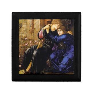Amor entre la caja laqueada Pre-Raphaelite de las  Joyero Cuadrado Pequeño