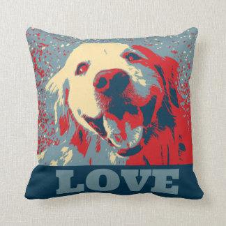 Amor estilizado del golden retriever almohada