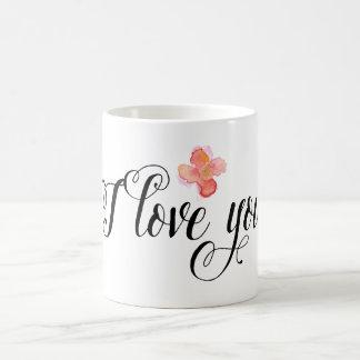 Amor floral de la acuarela rosada del oro taza básica blanca