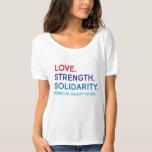 Amor, fuerza, camiseta desgarbada de la