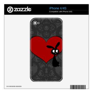 Amor II del conejito de Kuro iPhone 4 Skins