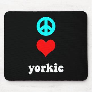 Amor lindo Yorkie de la paz Tapete De Ratones