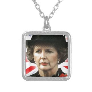 Amor Maggie de Margaret Thatcher I Colgante Cuadrado