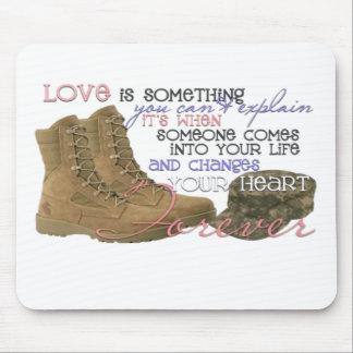 Amor militar mousepad