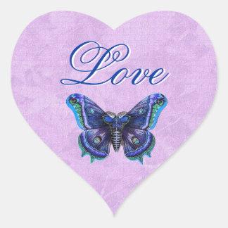 Amor púrpura de la mariposa del vintage que casa pegatina de corazon