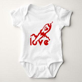 Amor Rocket Remeras