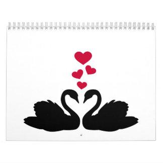 Amor rojo de los corazones de los cisnes calendarios de pared