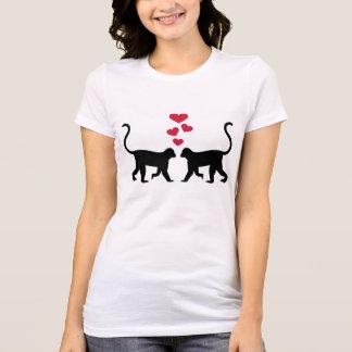 Amor rojo de los corazones del mono t shirts