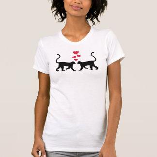 Amor rojo de los corazones del mono tshirts