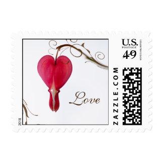 Amor rojo del boda del corazón sangrante timbre postal