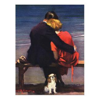 Amor romántico del vintage, romance en la playa postal