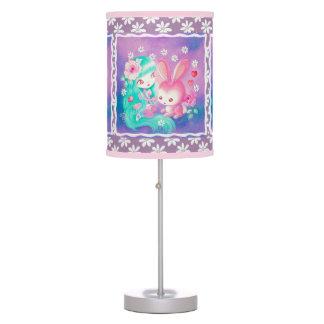 Amor rosado del conejito lámpara de mesa