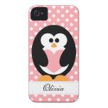 Amor rosado del pingüino iPhone 4 Case-Mate protectores