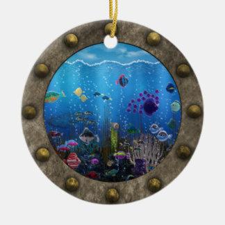 Amor subacuático - adorno navideño redondo de cerámica