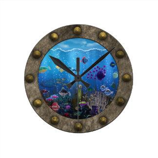 Amor subacuático - reloj redondo mediano