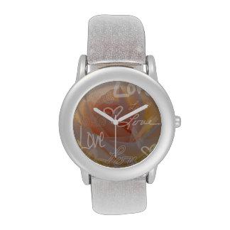 Amor subió relojes de pulsera