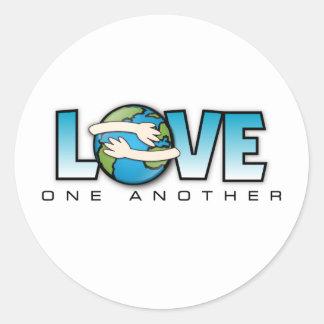Amor uno otro producto del personalizar pegatina redonda