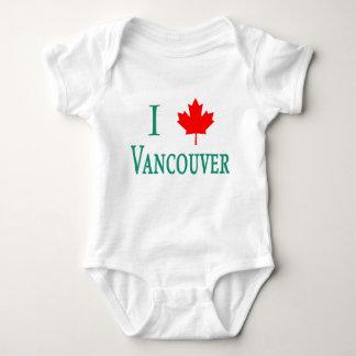 AMOR VANCOUVER de Vancouver I con la hoja de arce Polera